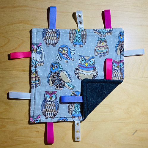 Owls Taggie (Charcoal Back)
