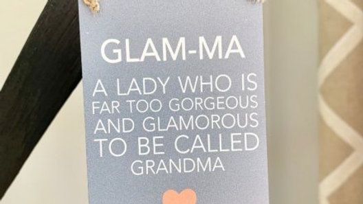 Glamorous grannies small sign