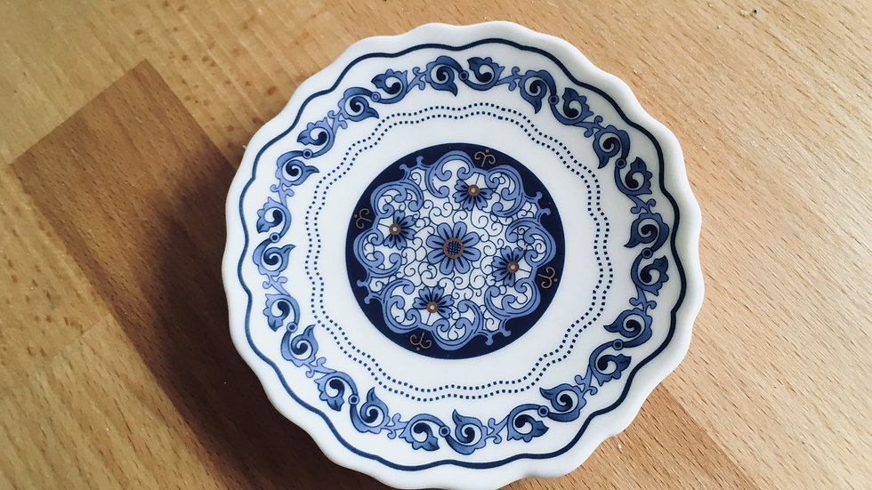 Pretty Limoges style trinket dish