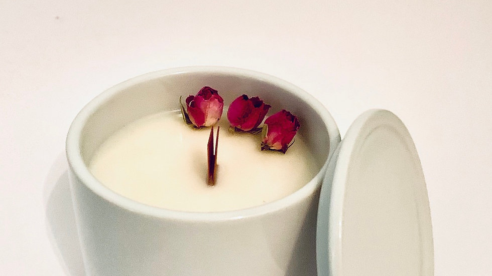 Limited Edition English Pear & Freesia soy wax candle