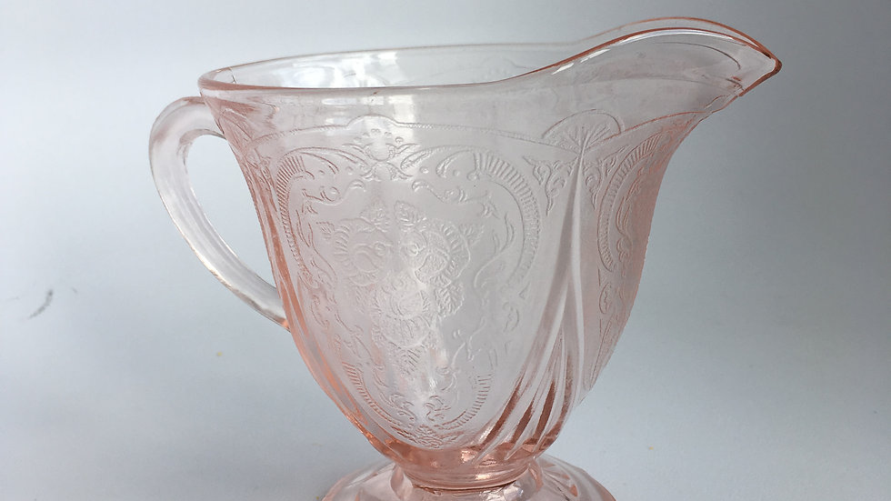 Art deco Hazel Atlas pink 'Royal Lace' cream jug