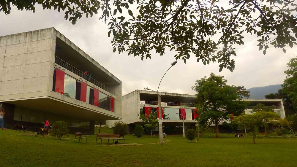 Parque Biblioteca Leon de Grieff - Comunidade La Ladera
