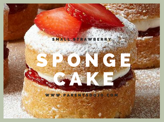 Small Strawberry Sponge Cakes
