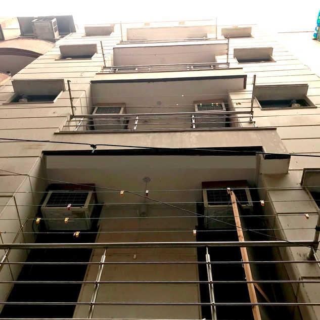 Balcony's with Net Door for Cross Venitilation