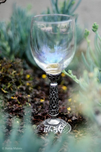 Celtic Wine Glass - Clear
