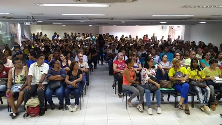 Assembleia em Recife