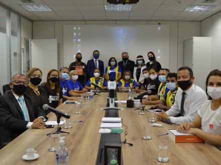 Presidente e diretores da FENASCE participam de reunião do Conass