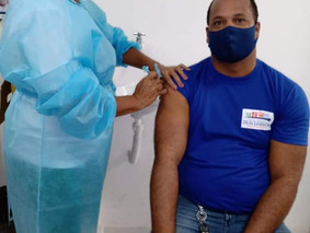 Diretor do SINDACS PE toma vacina contra a covid-19