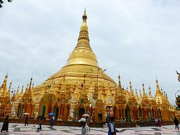 B4 ヤンゴンを見守るミャンマ―最大の聖地 シュエダゴオン・パヤP1000296