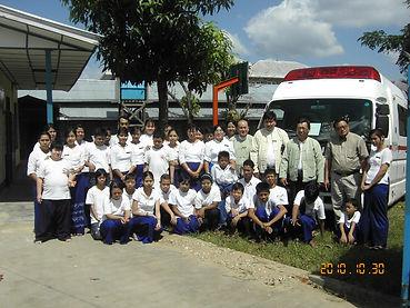 A3 2010.10.30児童障がい者施設に供与した高規格救急車.JPG