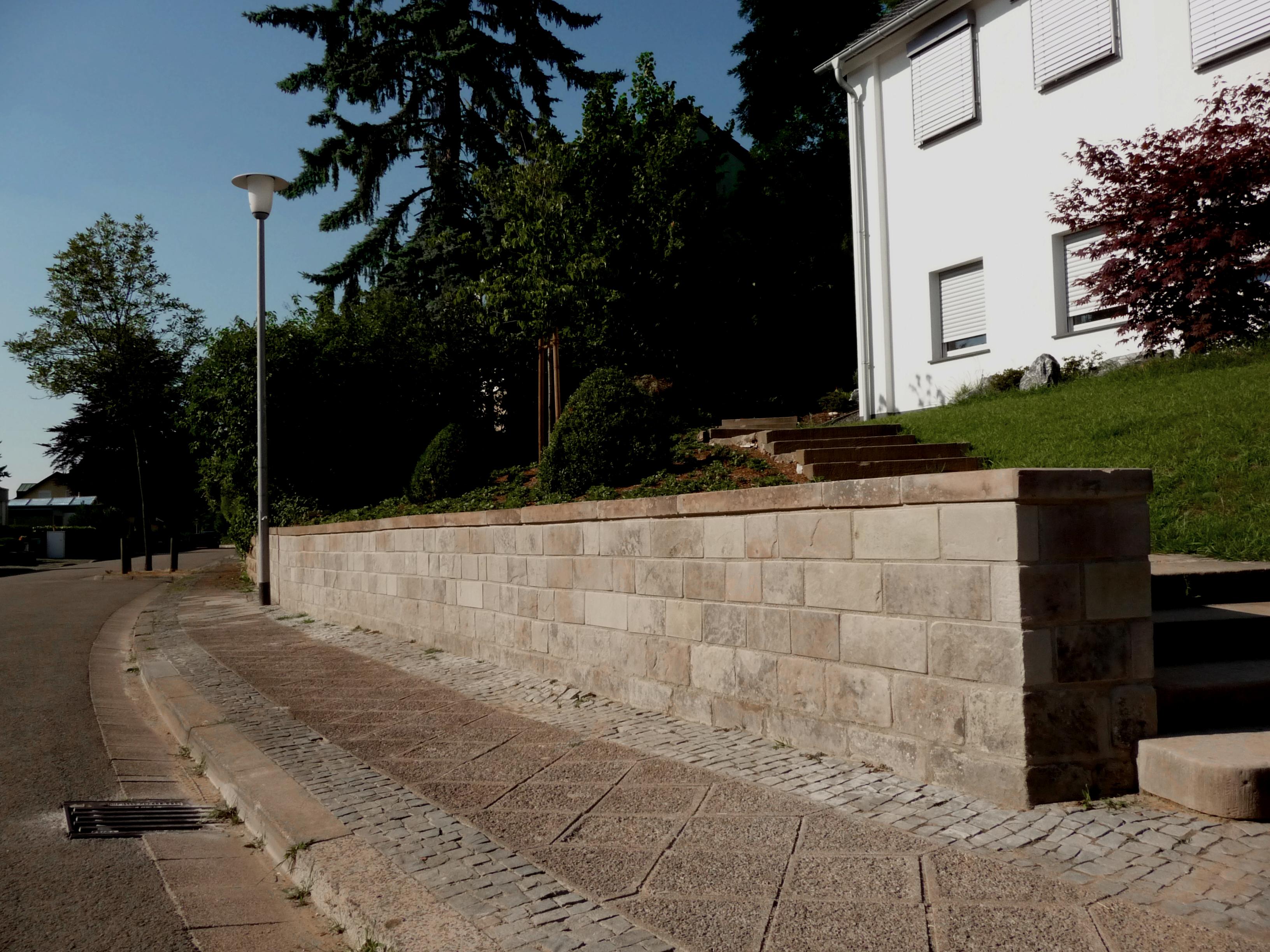 Restauration Sandsteinmauer