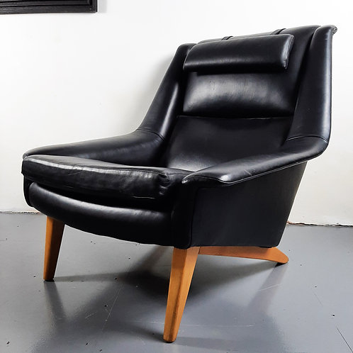 Fritz Hansen Lounge Chair Designed By Folke Ohlsso