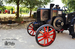 001_Tractor-Outside-Cantina