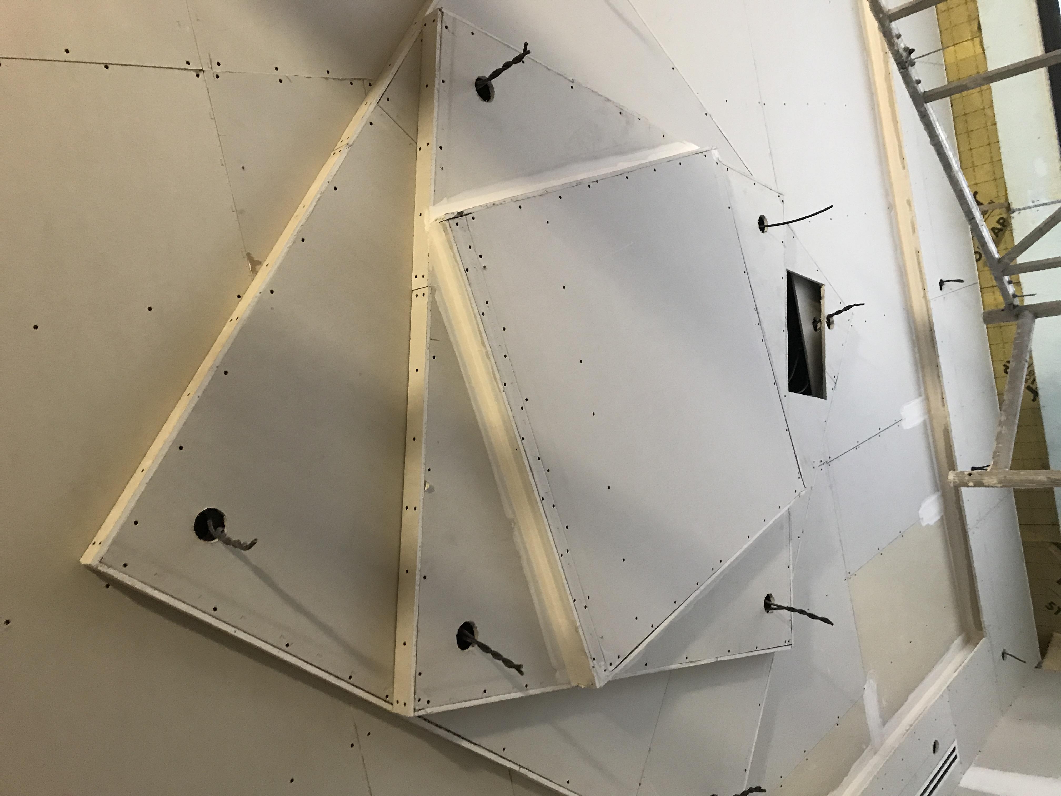 Faux plafond avec niveaux ARTMABATI