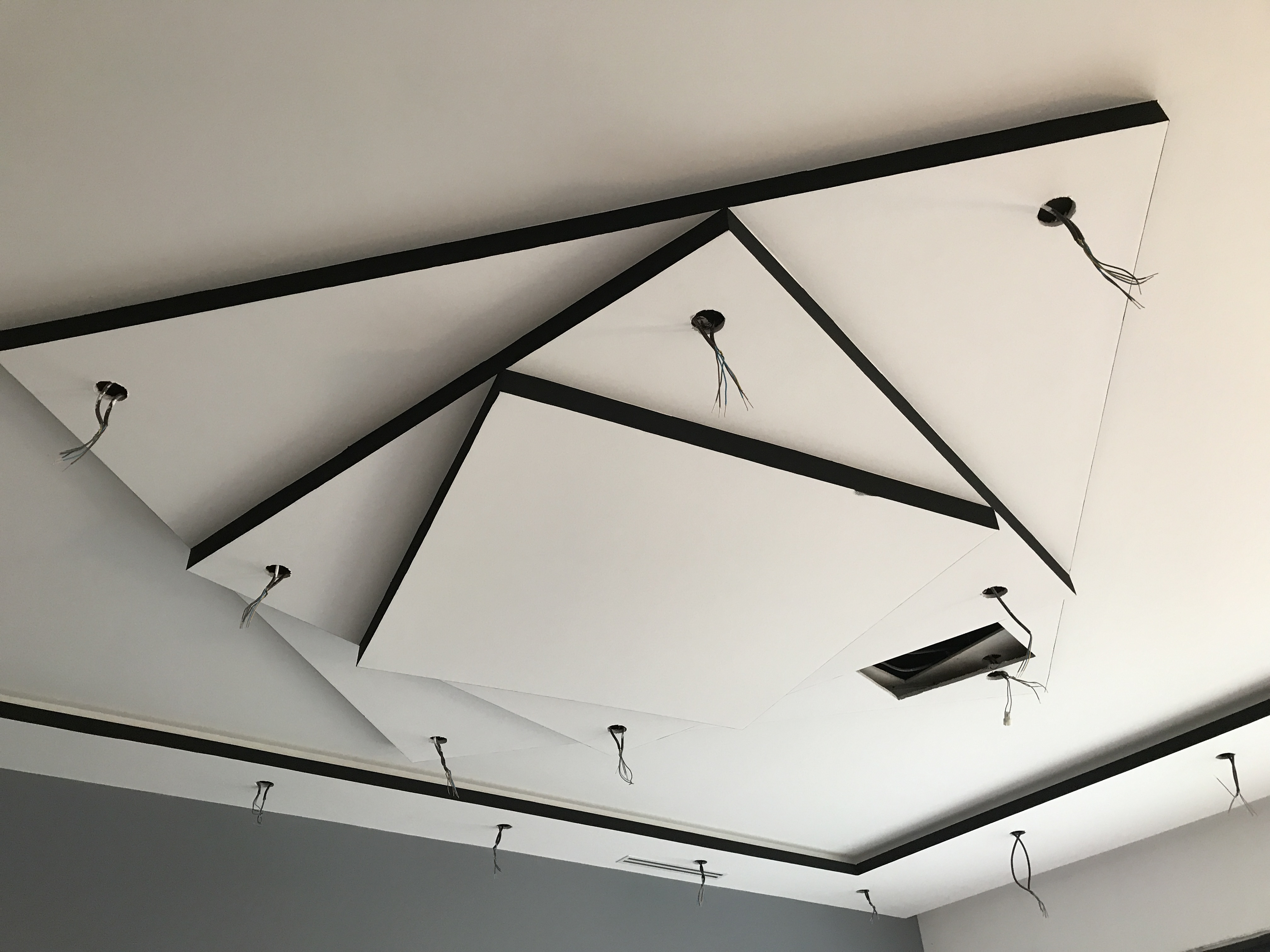 ARTMABATI faux plafond avec niveaux