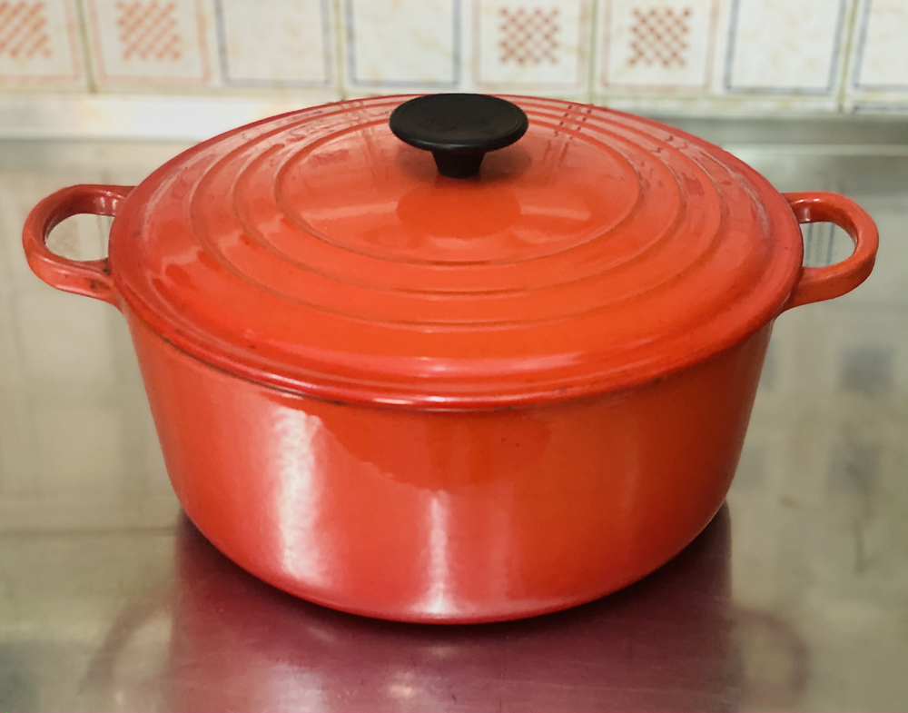 Picture of a dutch oven
