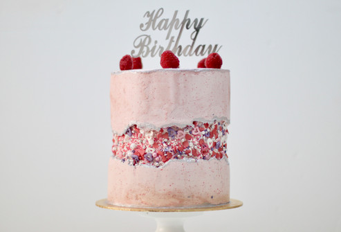 Fault line cake with raspberry buttercrream