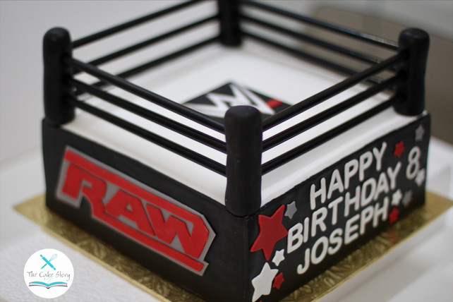 A boxing ring cake