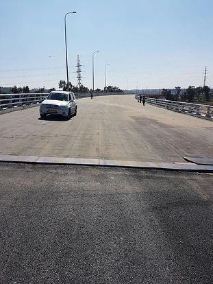 איטום גשרים
