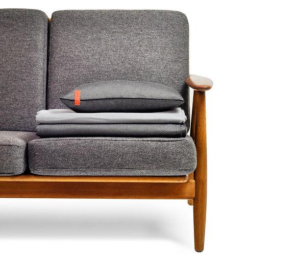 Herringbone collection on Hans J. Wegner Cigar Sofa