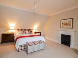 King Size Bedroom 2