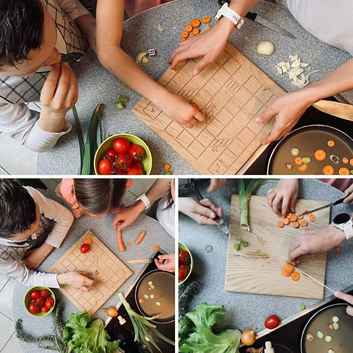 CUTTY: Igriva dvostranska lesena kuhinjska deska