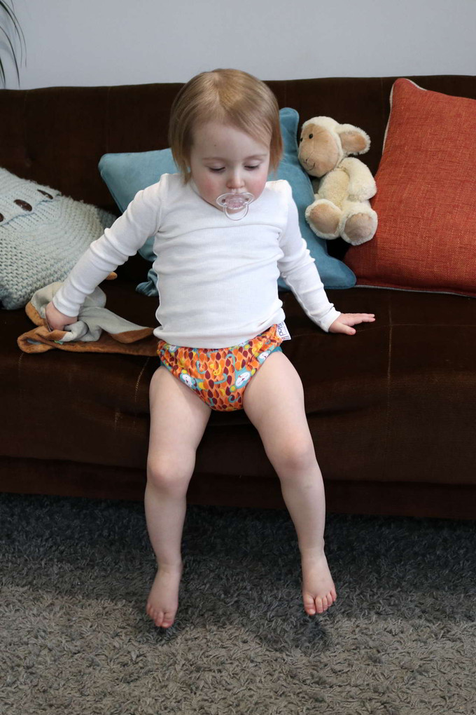 657457 Close Pop-in Training Pants_Ticky