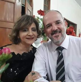 Daniel Caldeira e a esposa Meigue Caldeira