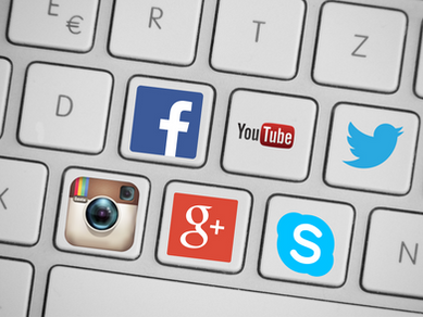 SOCIAL MEDIA ENOURAGES BUSINESSES TO USE VIDEO