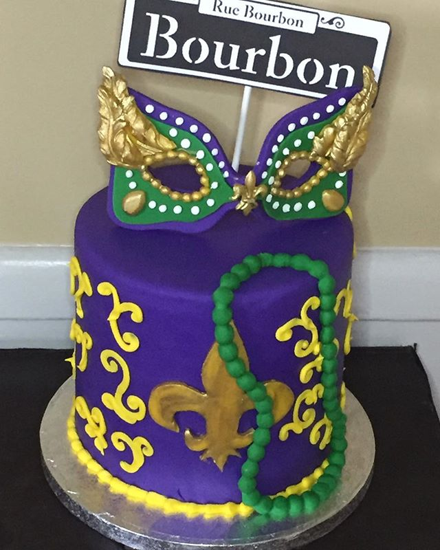 Mardi Gras Mask Cake-made this cake for