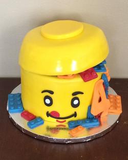 LEGO Theme Cake #cake #cakestagram #inst