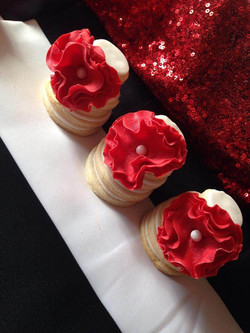 Red & White Cookie Towers