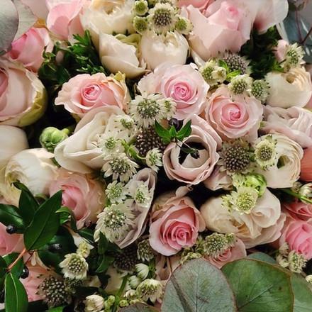 roses_anemones.jpg