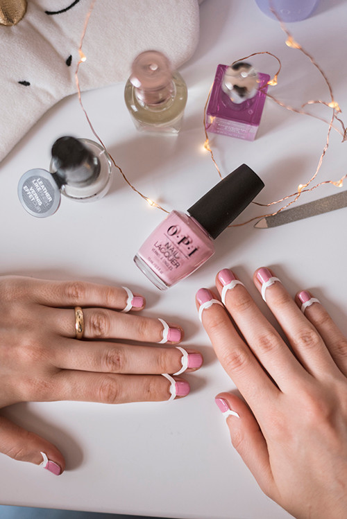 OPI pink lak za nokte - Notino i ledaboss