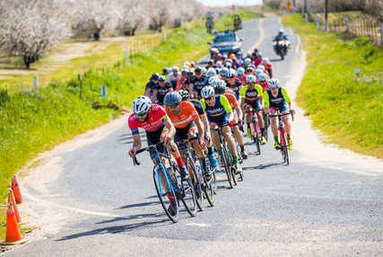 Leading the pro pack @ Snelling Road Race, March 2017