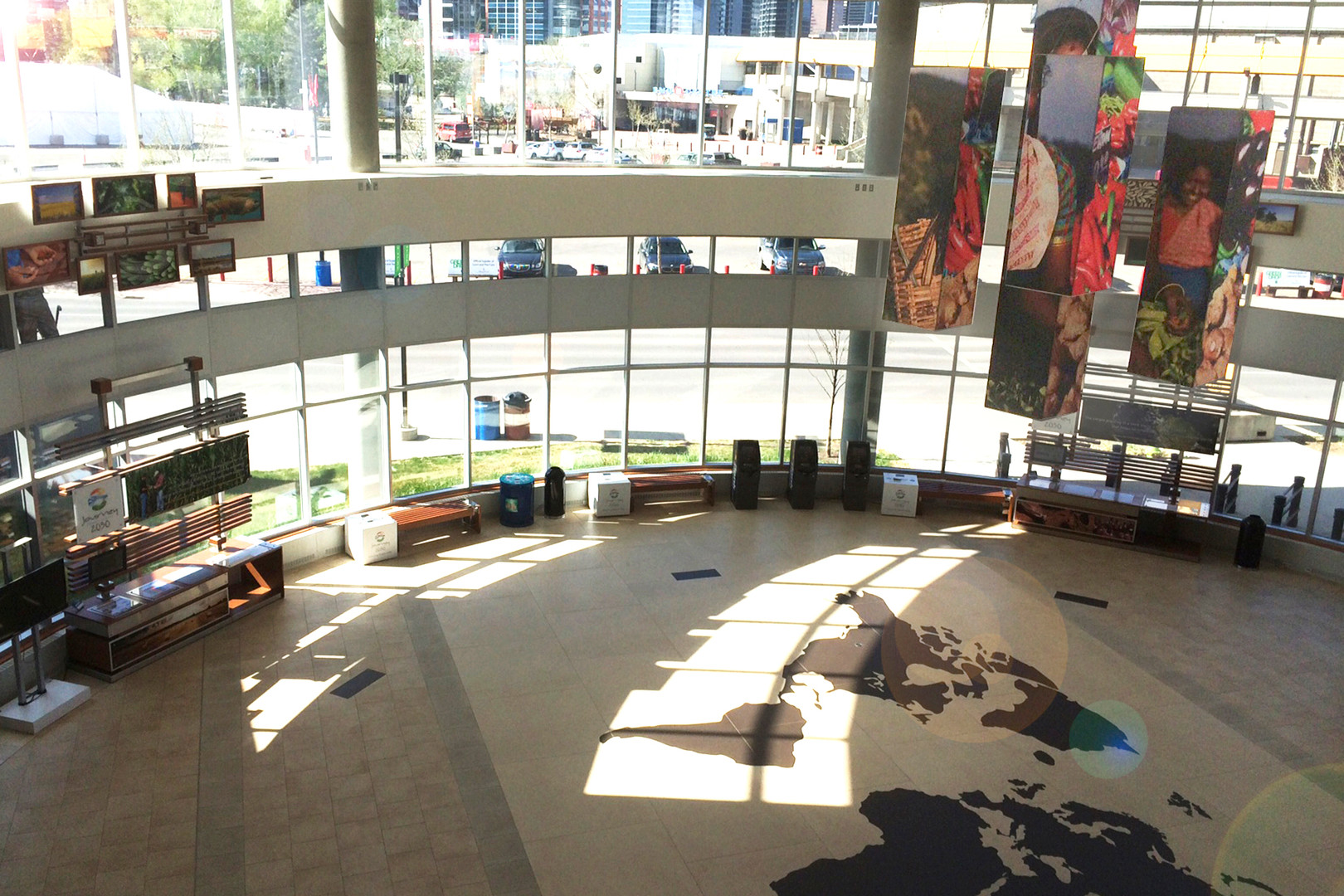 Lobby Main.jpg