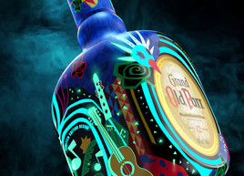 """Old Parr Limited Edition """"Glow"""""""