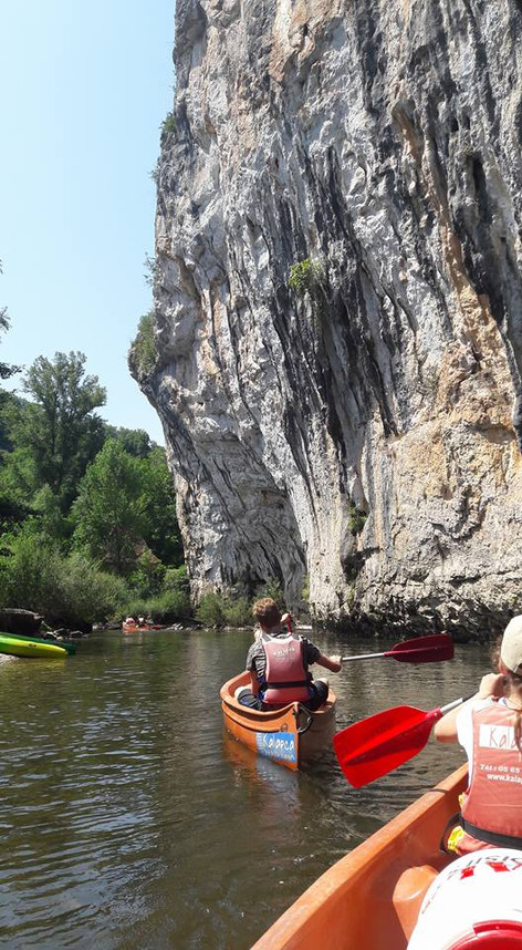 Canoeing on the Célé