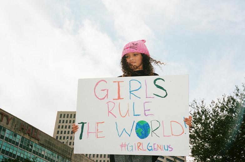 GIRLS RULE THE WORLD