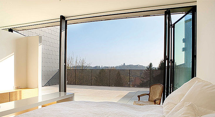IQ Radiant Glass Custom Steel Folding & Sliding Door Systems