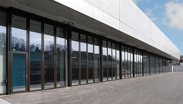 Janisol Folding Steel Doors