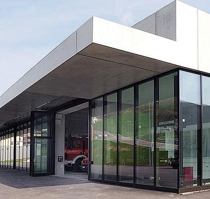Jansen Monumental high performance steel folding doors