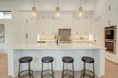 013-280035-Kitchen and Breakfast 03_6677886.jpg