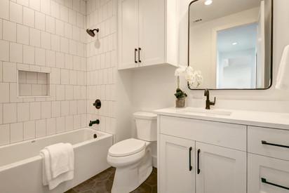 027-280035-Other Bath 03_6677900.jpg