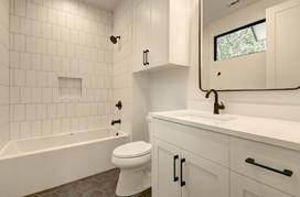 026-280035-Other Bath 02_6677899.jpg