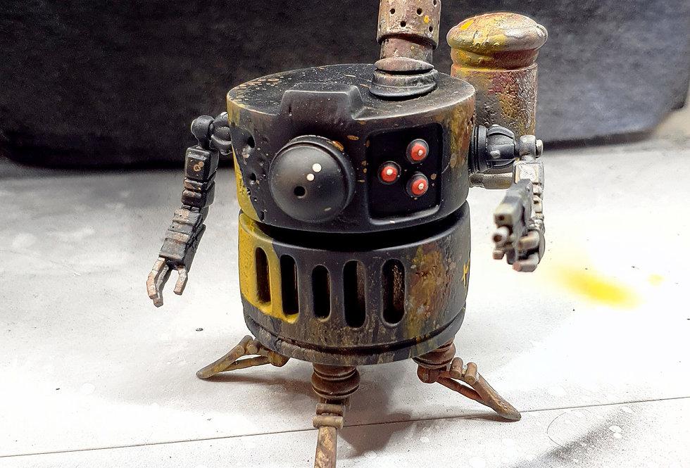 Quincy V.01 Custom resin robot toy.