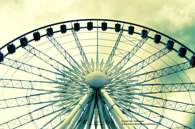 Entertainment & Theme Parks