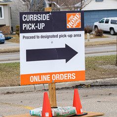 home-depot-curbside-pick-up-arrow-sign-6