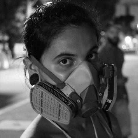 Esta é a Karen Valentim, mulher, brasileira, indígena e artista.