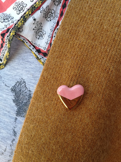 Objet- gold+ color heart pins